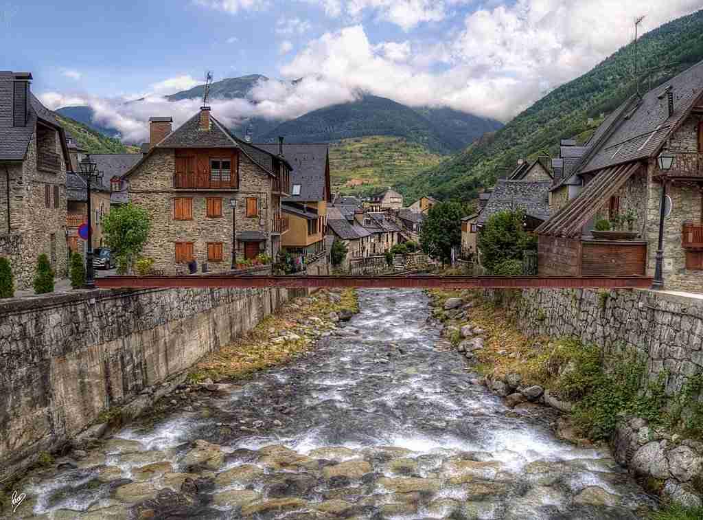 Ruta en autocaravna por el valle de ar n vicente velasco - Inmobiliaria valle de aran ...