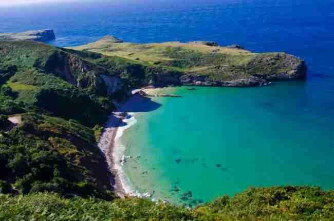 Pernoctar Playa Ballota (Asturias)