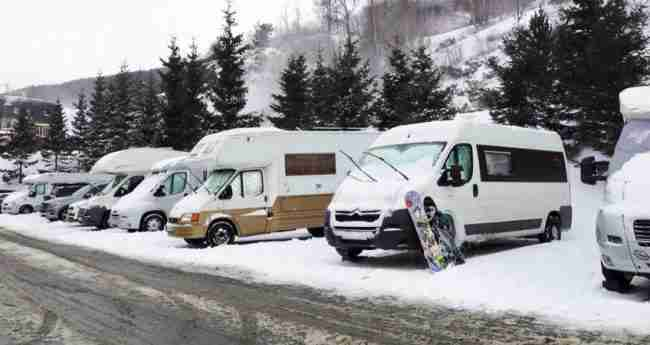 campings para ir a la nieve en autocaravana