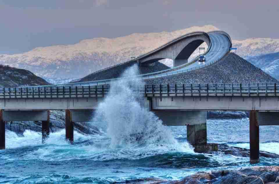 paises-para-viajar-en-autocaravana-carretera-del-atlantico-noruega