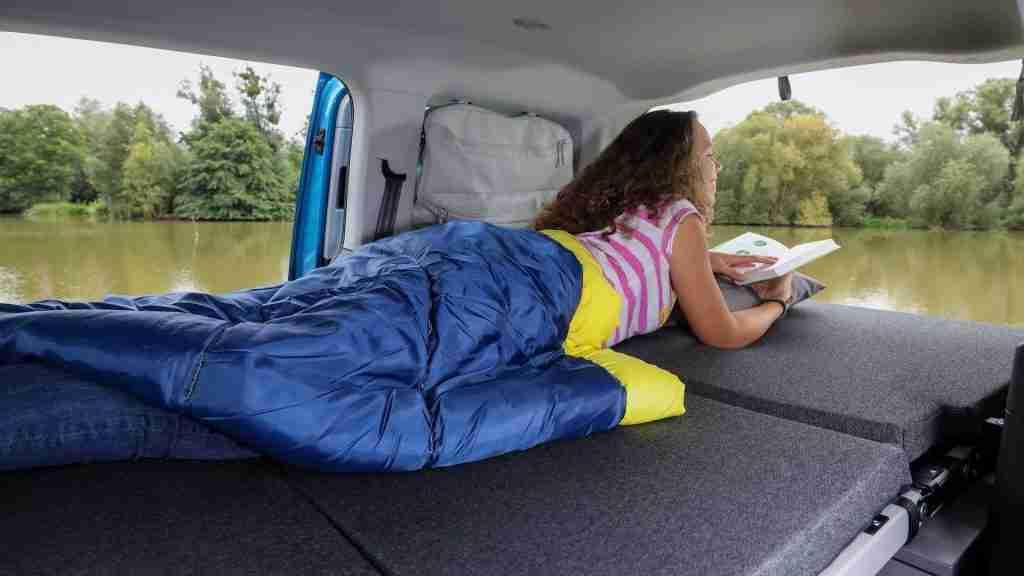 nueva caddy california volkswagen amplia cama de casi 2 metros
