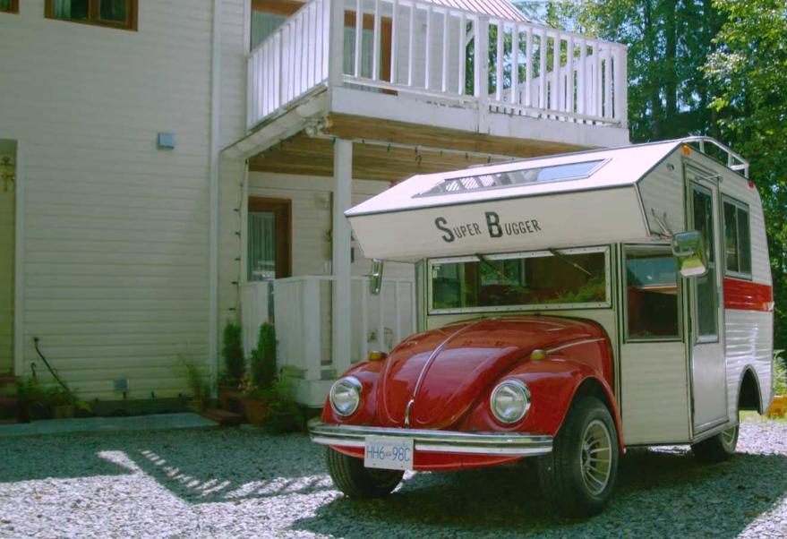 Supper Bugger en el icónico Volkswagen Escarabajo