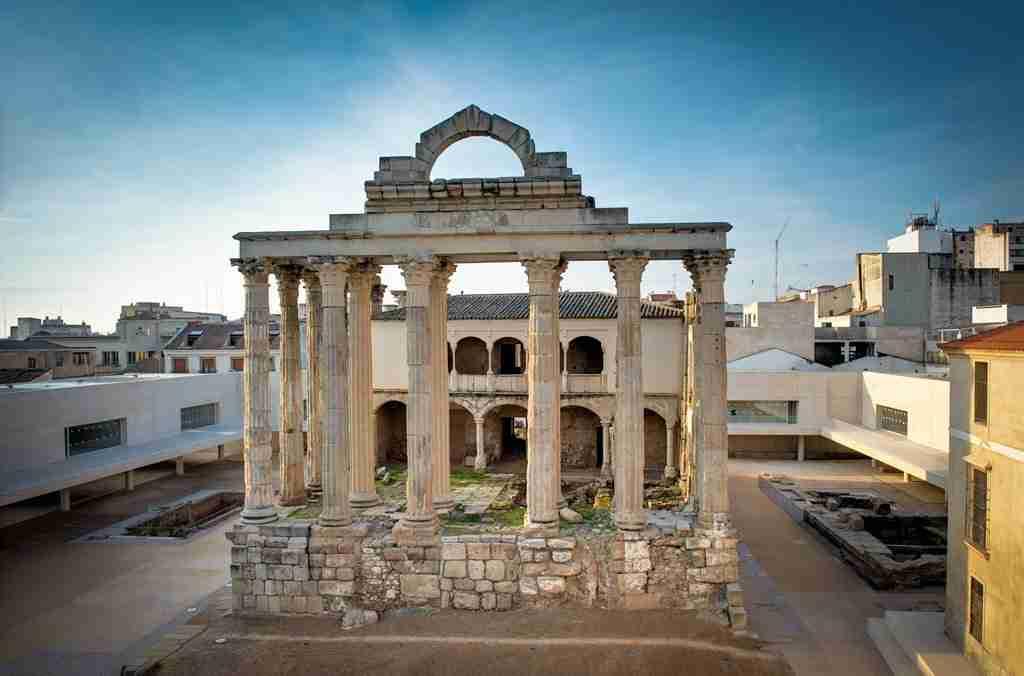 Templo de Diana, qué ver en Mérida. Turismo de Extremadura